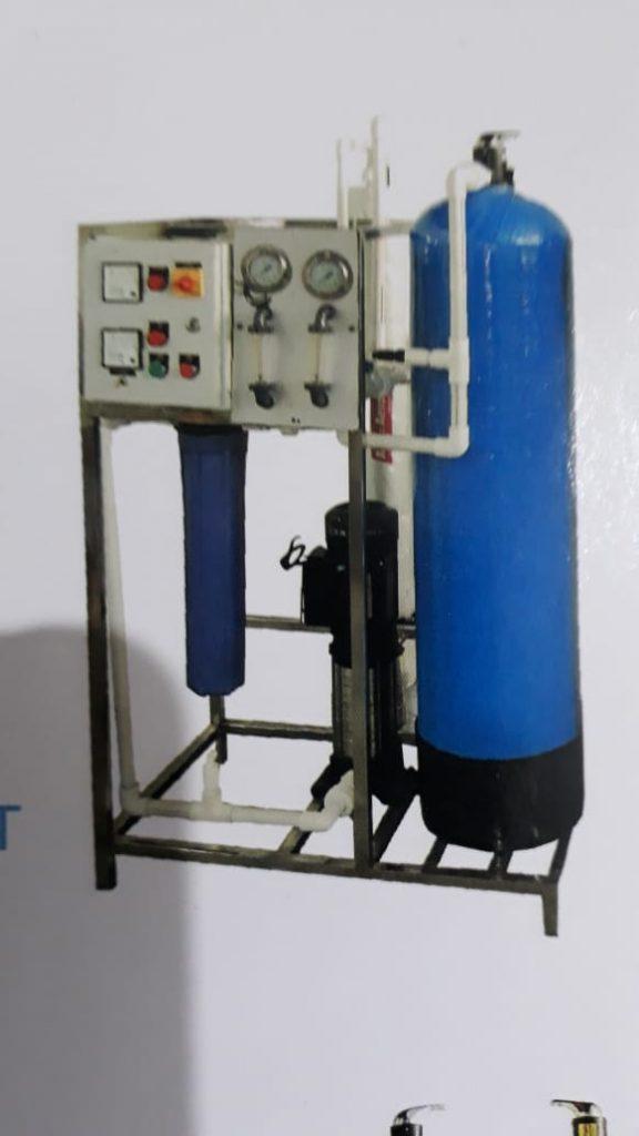 R O System cap.250 LPH